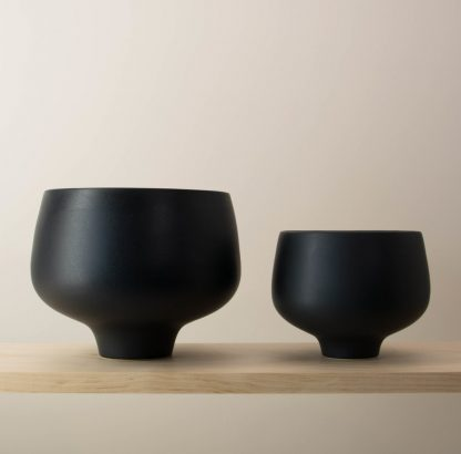 Small pot on right-hand-side