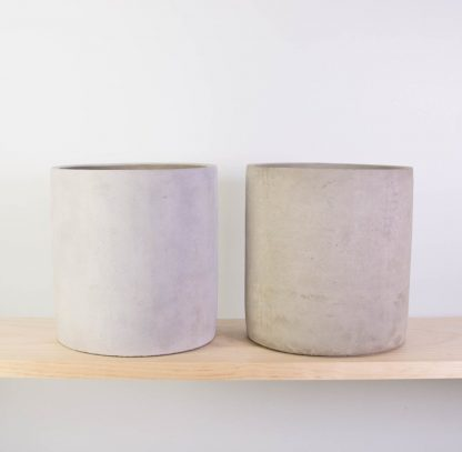 Concrete Plant Pot Medium - Raw Concrete (RHS) or Grey Washed
